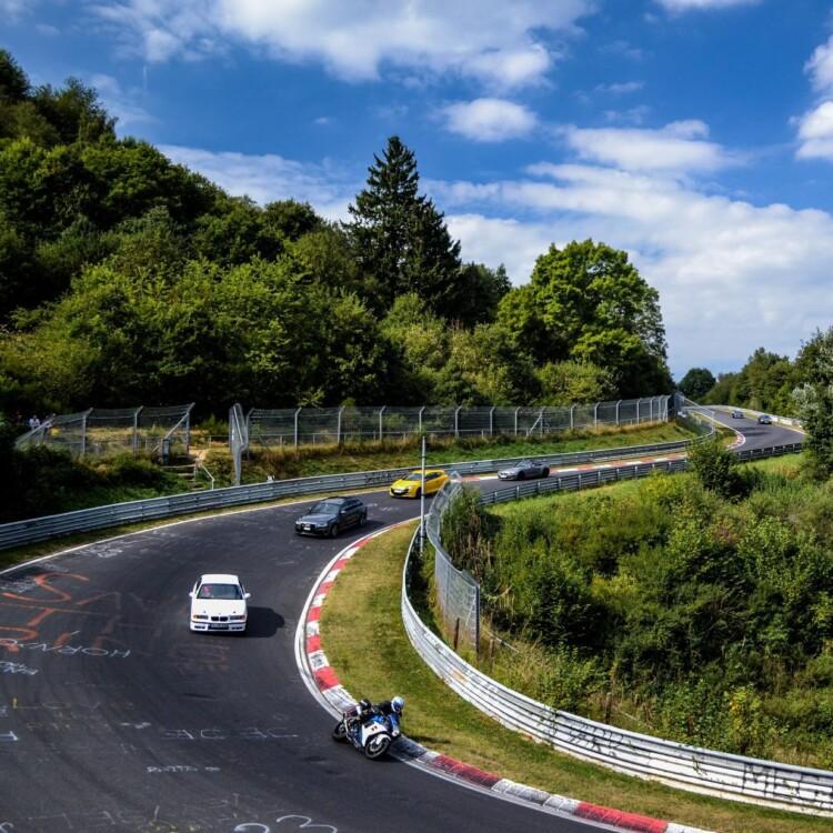 Racen over de Nürburgring